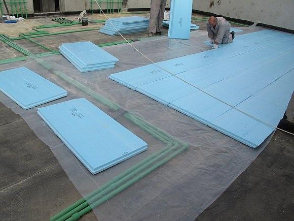 عزل الاسطح بالفوم
